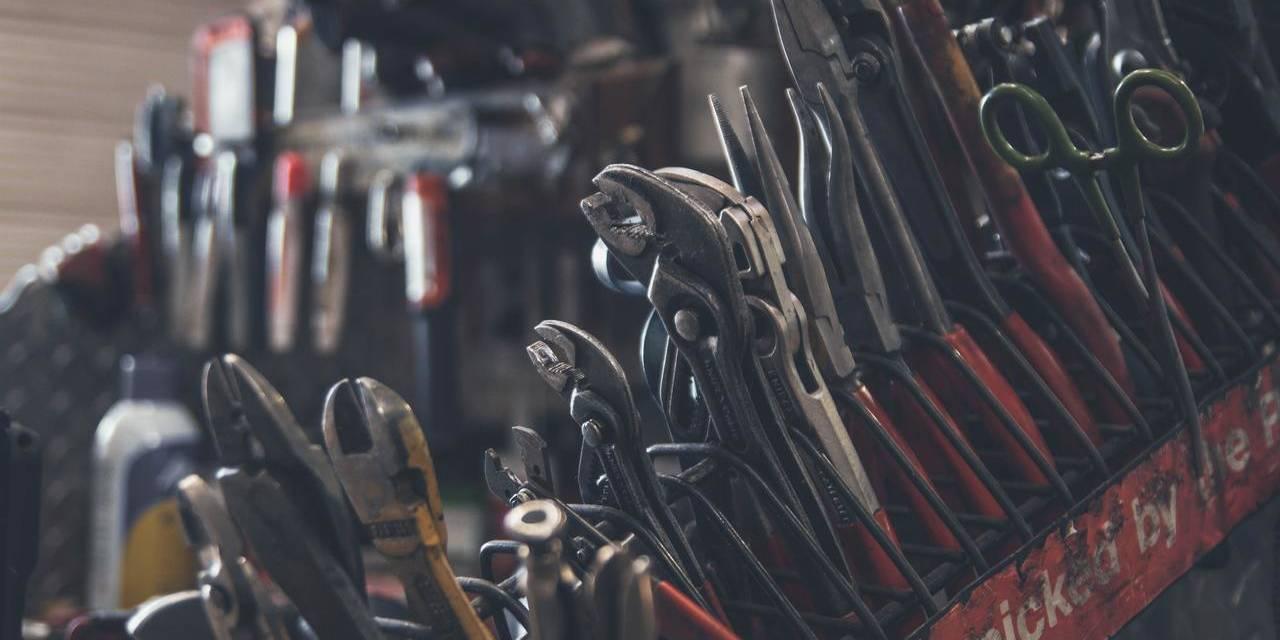 ferramentas de oficina mecanica para revisao de carro