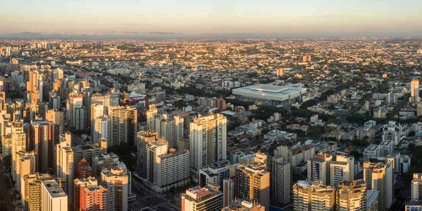 foto panoramica da cidade de curitiba parana