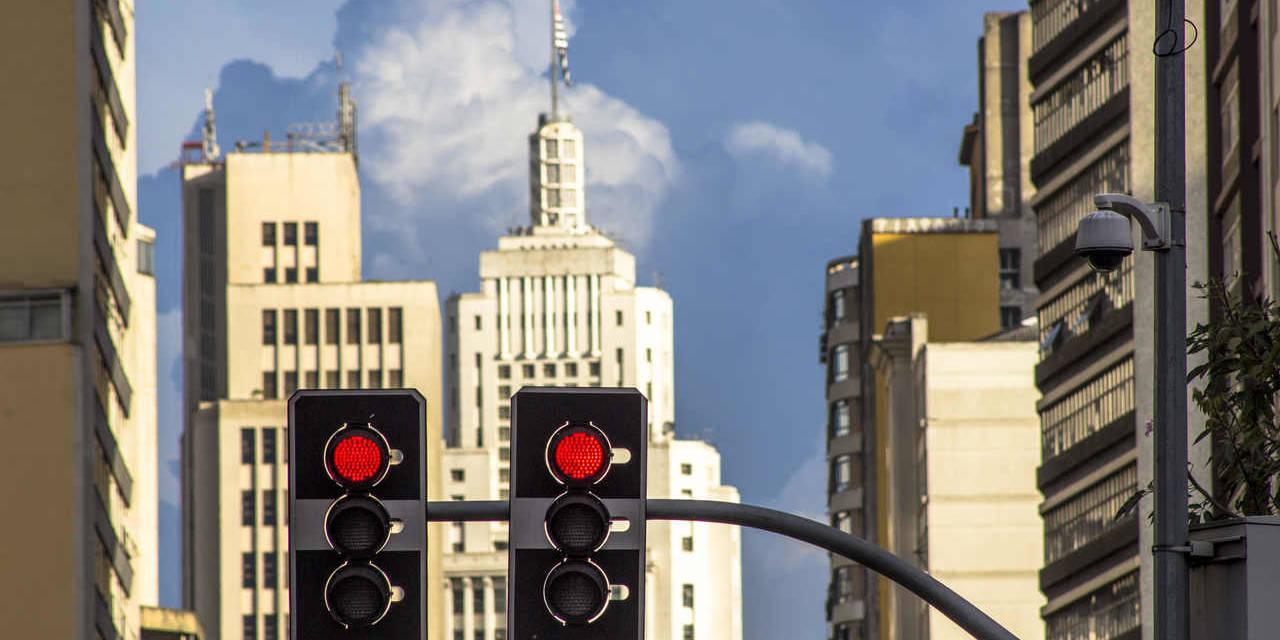 semaforo vermelho