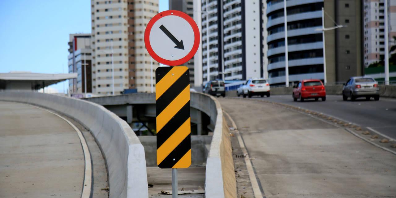 placa de trânsito brasil